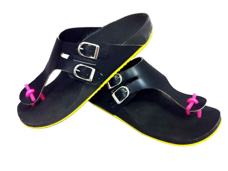 Mule, tong orthopédique sur mesure semelle jaune