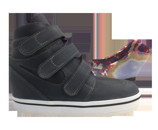 Chaussure orthopédique pour enfant avec coque talonnière